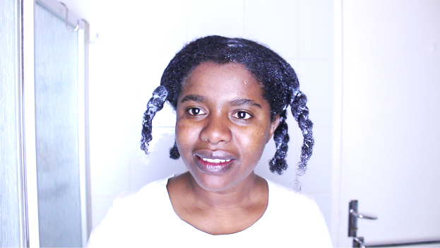 washing natural hair in sections